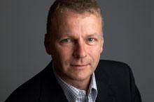 <b>Claus Menke</b>, Head of Portfolio Management Pro bei Sennheiser (Foto: R. <b>...</b> - 02_Claus-Menke-photo-credit_R.Kruse