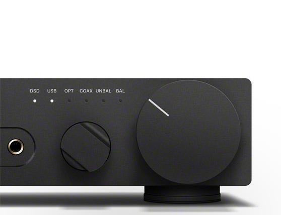 接口豐富:能夠實現各種聲音信號的優質傳輸