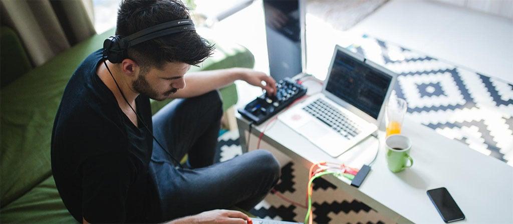 DJHeadphones